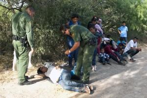 Agents assist woman at border