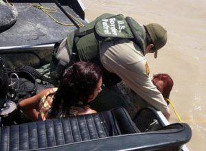 CBP agent rescues El Salvador migrants from Rio Grande, Texas. Photo by Border Patrol Agent Carl Nagy.