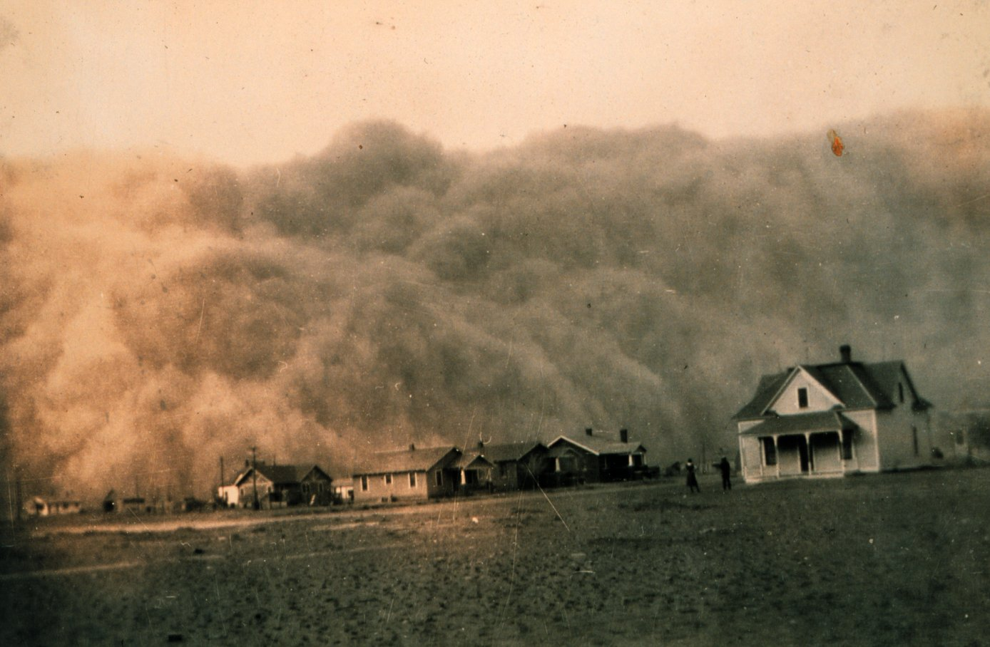 Dust storm approaching Stratford, Texas. NOAA Photo Library, Historic NWS Collection.